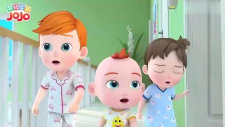 超级宝贝:家里布置的好漂亮,玩偶也来帮忙,一起吹气球装扮