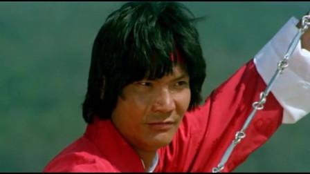 三十六迷形拳:武打动作片,小伙双刀对战红衣高手