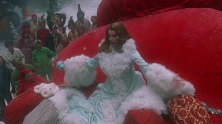 圣诞怪杰:女神拒绝镇长,向绿毛怪表白,这可太有面子了