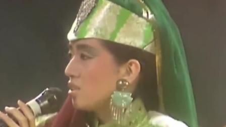 经典现场:86年金曲奖现场,梅艳芳带病表演《爱将》与草蜢合作