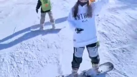 万龙滑雪场,微风,温度适宜,适合单板滑雪!