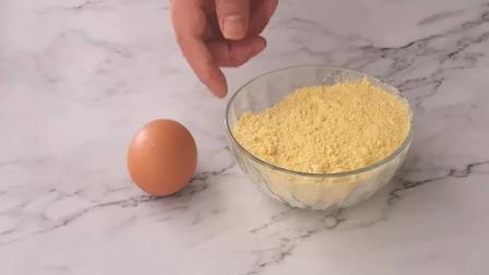 玉米面超好吃的做法,比馒头简单,比面包还香,出锅全家抢着吃