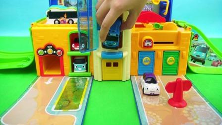 儿童玩具卡通玩具小巴士的彷真工地儿童玩具