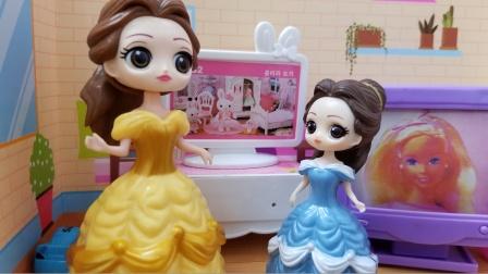 白雪公主故事 妈妈太厉害了,只用一招就知道贝儿有没有看电视