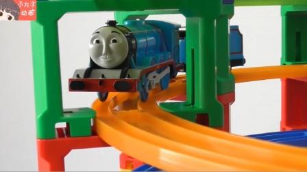 托马斯小火车多层旋转轨道玩具