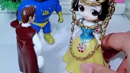 益智亲子宝宝幼教:你们支持哪位王子当白雪公主的舞伴呢