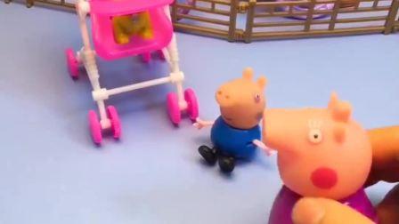 乔治没有坐婴儿车,猪奶奶让他赶紧坐上去,大家快来看看