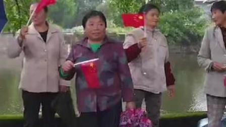 9月25日, #长寿区双龙镇红岩村,村民们正在排练节目,准备参加迎接新中国成立71周年国庆的文艺演出  #重庆