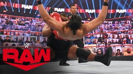 重力炸弹摔 基思·李vs安德拉德,擂台都被摔的颤抖了!