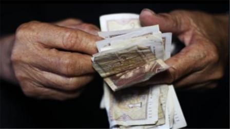 77岁老人一天内痛失三子,留下60多万债务,老人:人死债不灭