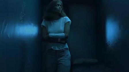 鬼影人:病房关灯之后,恶鬼出现,美女被疯狂摔打!