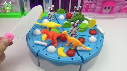 佩奇吃恐龙蛋糕,香香的