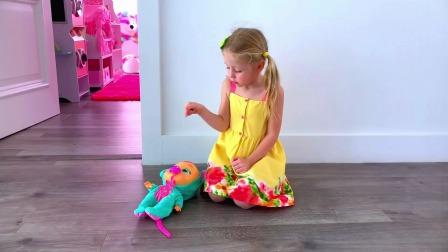 小萌娃的玩具房子和玩具娃娃