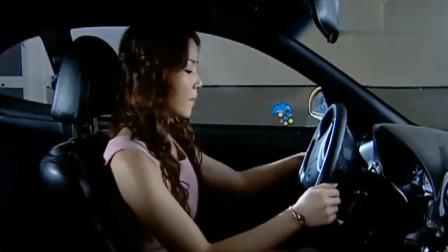 与谁共眠:姑娘深夜独自开车回家,谁料在停车场遭遇了歹徒,太惨