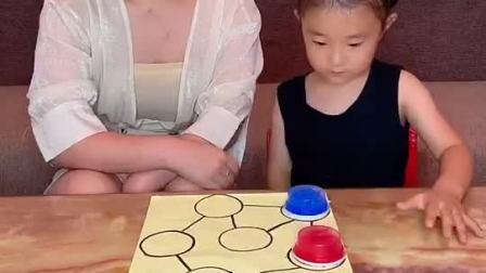童年趣事:我俩玩了五个小时都没分出胜负!