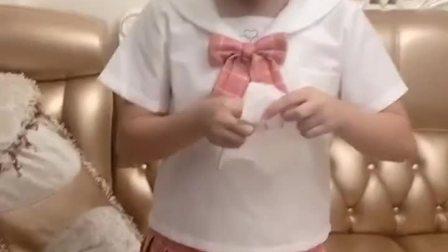 趣味童年:大姐姐现在喜欢上针线活了,每天都想绣东西