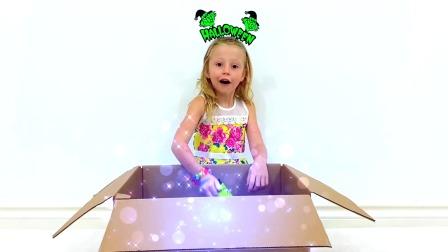 小萌娃开箱子有玩具礼物