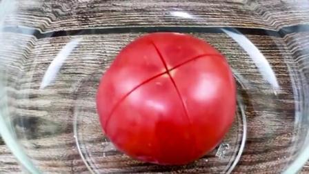 香气四溢的番茄火腿葱油饼。一般人都不知道的做法