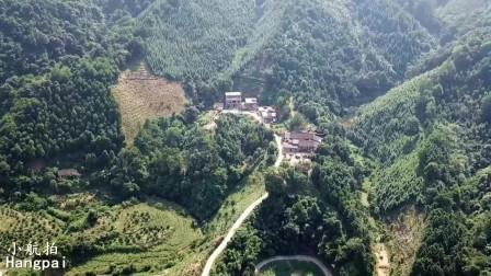 广西大山里美丽的村庄,用无人机记录下这一美景