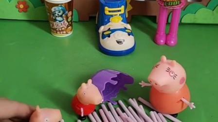 猪妈妈买了两盒糖果,让乔治佩奇来一起吃