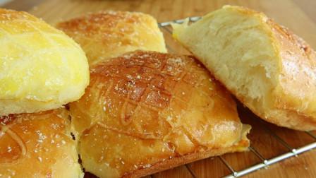 老式面包最简单做法,不用揉出手套膜,暄软香甜,吃出童年的味道
