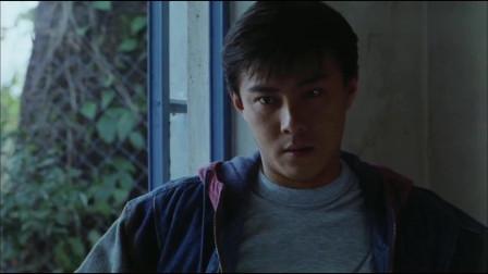 正牌韦小宝:韦小宝穿越到300年后的香港,竟把他当成了偷渡者!太搞笑了