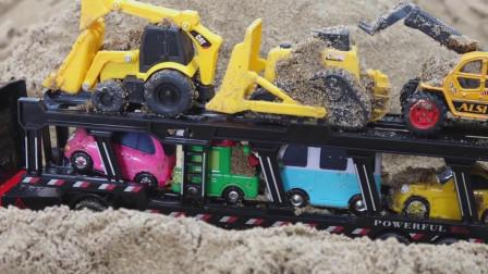 儿童玩具汽车表演:挖掘机挖沙子,发现了7辆迷你汽车,挖掘机,公交车,小汽车