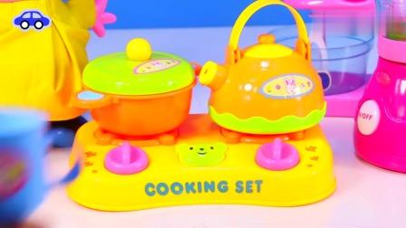 小猪佩奇的厨房玩具制作营养早餐
