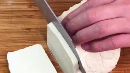 家常豆腐做法简单,好吃,记得多做点米饭