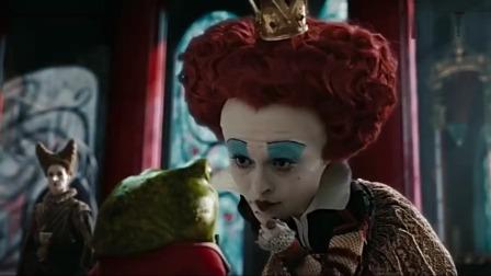 爱丽丝梦游仙境:红皇后抓住了青蛙小偷,还下令抹面包吃我的天