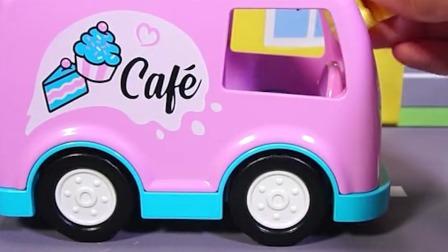 乐高积木蛋糕店的玩具
