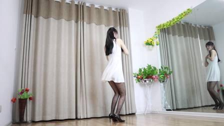 自编简单广场舞 最新歌曲《杨起的沙》歌甜舞美