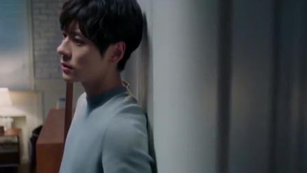 完美先生:章老师又伤心了,你咋那么容易吃醋呢??
