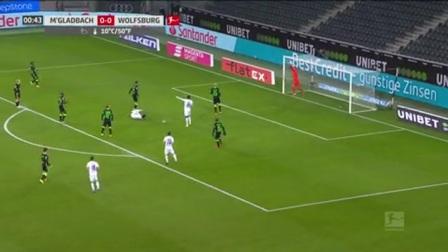 第44秒门兴格拉德巴赫球员施廷德尔射门 - 被扑