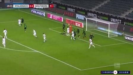 第29分钟门兴格拉德巴赫球员霍夫曼射门 - 打偏