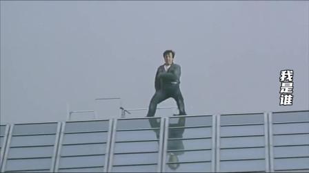 影视成龙花式下楼:从年轻不用替身一跳出名,到现在急先锋走楼梯