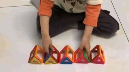 玩具拼五角星?宝宝只看了一遍就会了