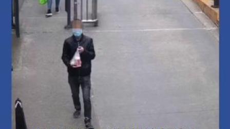 10月18日,记者从绵阳市局涪城区分局获悉,冒充外卖员入室抢劫的嫌疑人邓某已于13日获。