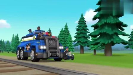 汪汪队变身终极工程队,超级工程车能变形成铲车、压路机和电钻!
