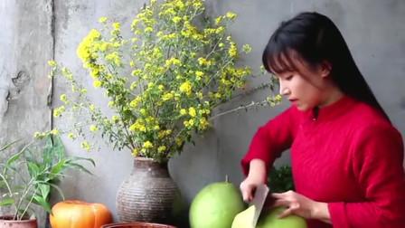 清凉美肤的蜂蜜柚子茶,李子柒的做法很有心,赶快试试吧