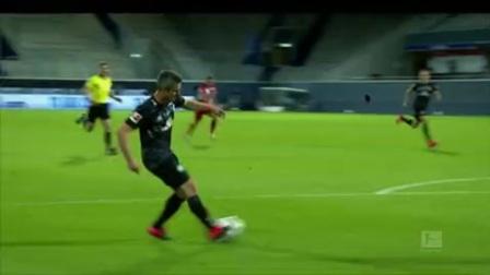 德甲精华·第4期:拜仁多特取胜莱比锡领跑 德甲3强格局初显