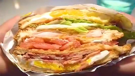 """舌尖上的美食:这一口得有多少热量啊?国外大神自制""""巨无霸三明治"""",简直!"""