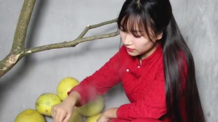 见识一下,李子柒做的蜂蜜柚子茶,开锅的瞬间,真是惊艳了!