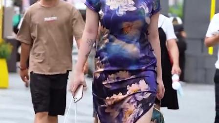 肉肉的身材穿旗袍才有韵味,我觉得很美,瘦了真不如微胖好看