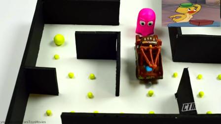 吃豆人大作战:脱线被卷入一场电子游戏