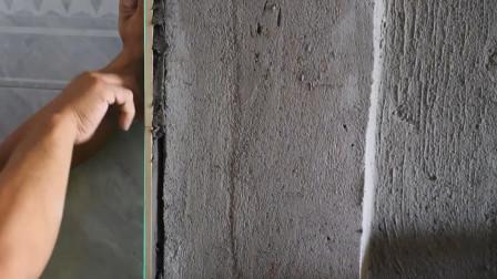 普通装修贴砖40平方,精装一天20平方,看师傅有是窍门