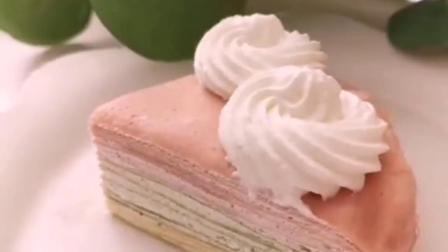 三色千层蛋糕,皮的做法在上一条,不用烤箱就可以做蛋糕餐