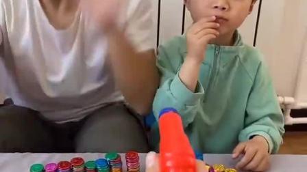 趣味童年:哎呀,我可没有在吃金币呦