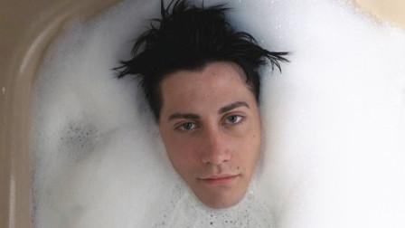 男孩身患怪病没有免疫力,接触到空气就会死亡,只能生活在泡泡里