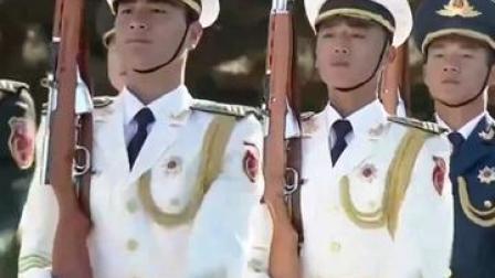 告诉197653名烈士,我们从未忘记!70年前,中国人民志愿军跨过鸭绿江浴血奋战、保家卫国!